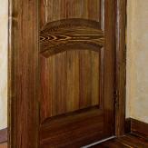Фрагмент двери в стиле кантри. Сосна