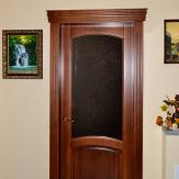 Дверь межкомнатная со стеклом. Ольха