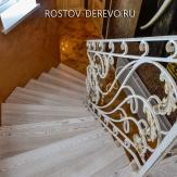 Лестница с клиновидными ступенями. Ковка,ясень,патина