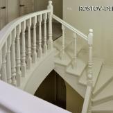 Белая лестница из дуба