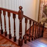 Ограждение лестницы второго этажа. Ясень