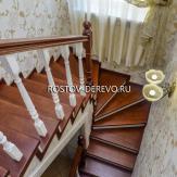Отделка бетонной лестницы с забежными ступенями деревом
