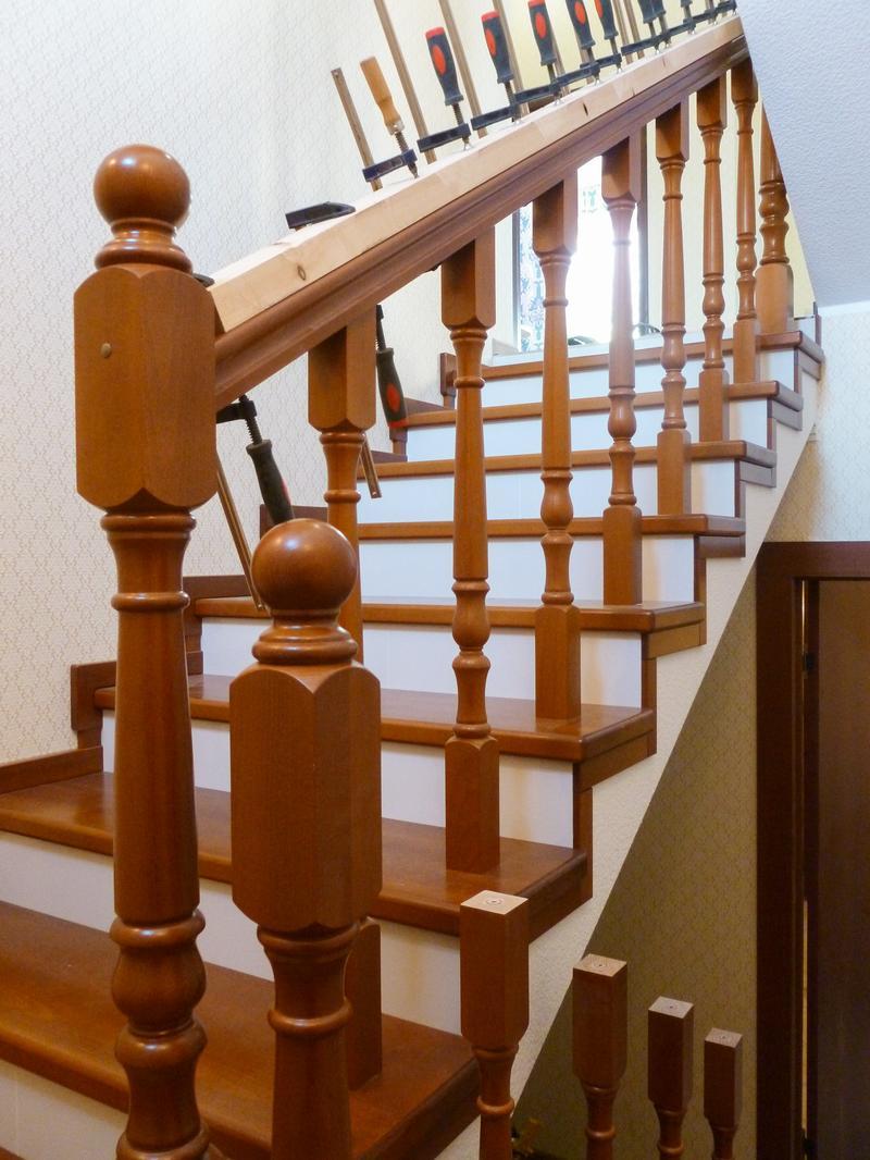 Лестницы и комплектующие для лестниц в Санкт-Петербурге